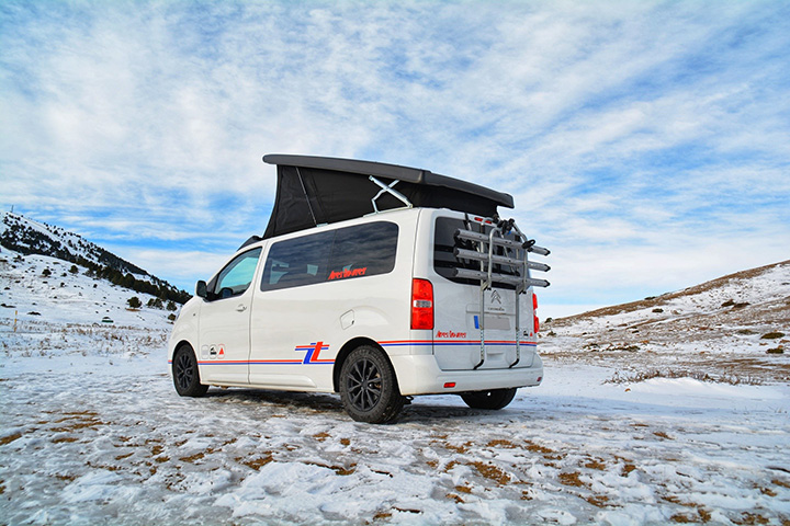 tntvans-conception-vente-location-van-amenage-modulable-super-equipe-s3